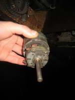 Ремонт втулок электомотора отопителя (печки) автомобиля
